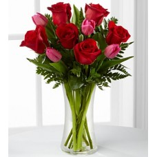 The FTD Love Wonder Bouquet - VASE INCLUDED