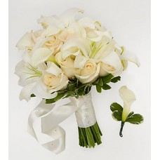 Bridesmaid Bouquet & Groomsman Boutonniere with Cala lily