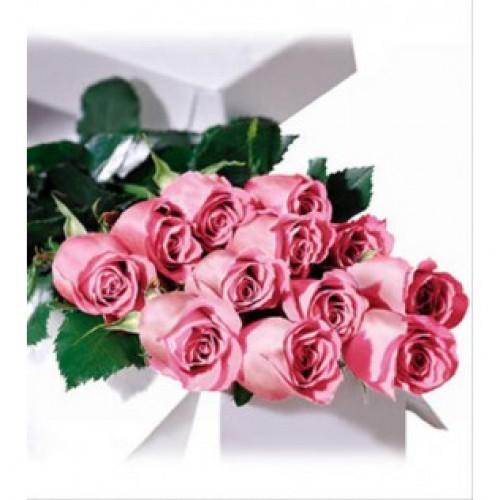 12 Stems Long Stem Pink Roses Boxed