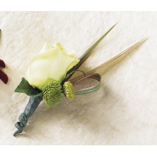 Courtier Boutonniere Flowers